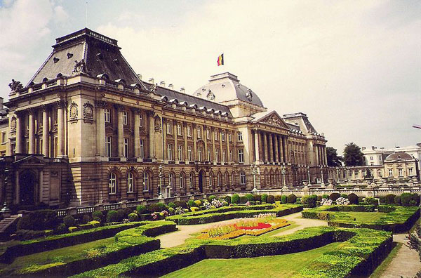 Royal Palace.  Image Source: Wikimedia Commons.